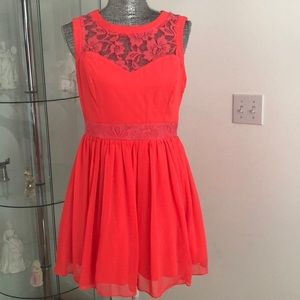 Dresses & Skirts - Cute summer dress.